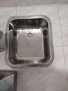 Lavaplatos en acero