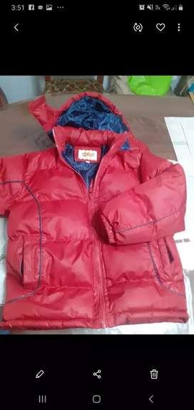 Dos casacas para niño