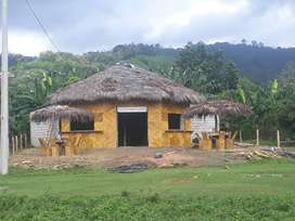 Cabaña para restaurante o discoteca ubicada en el malecon de la parroquia Tabiazo.