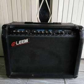 Amplificador Leem GA-8240RC