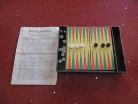 Juego de Backgammon para viaje