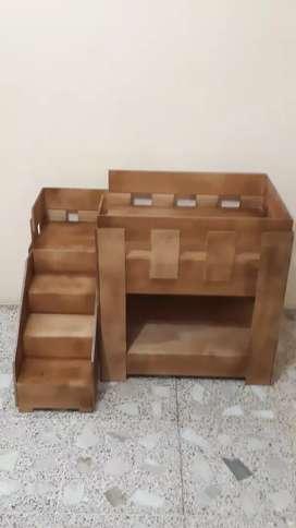 Casa litera para perro