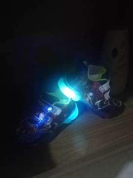 Zapatos Avenger niño luces