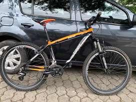 Bicicleta de ciclomontañismo
