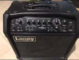 Amplificador Laney 30w