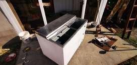 Ganga Refrigerador Congelador usado