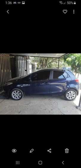 Vendo barato Mazda2 md 2013