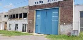 alquiler amplio galpón con oficinas en Villa Consitución.