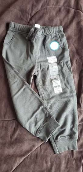 Lindo pantalón para niño
