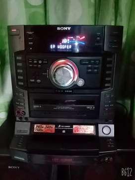 Equipo de sonido Sony con detalle de sonido