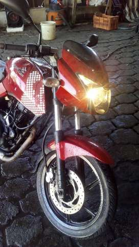 Vendo Moto Pulsar 180 Color Rojo