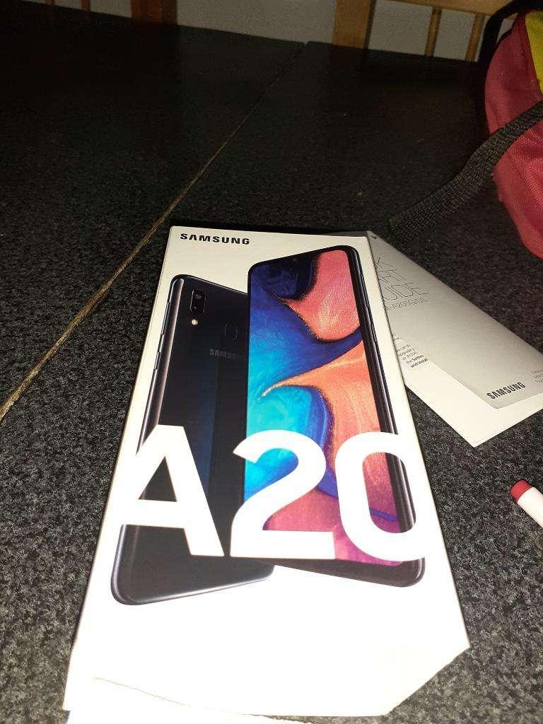 Samsung a 20 0
