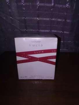 Perfume lucia