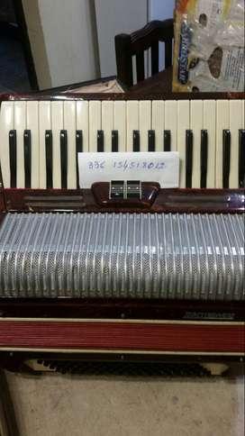 Acordeon maestropiano de 80 bajos 2 registros