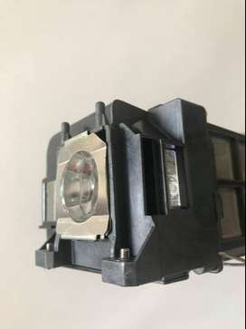 Lampara Video Beam Proyector Epson S3 Emp-s3 Emps3 Elplp33