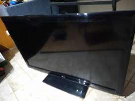 "LCD marca LG 48""aprox"