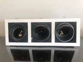 Spot Embutir 3 Luces Acero  Ar111 Gu10 Cardanico