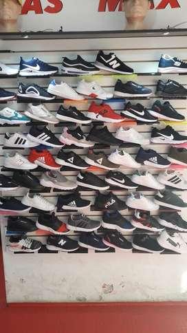 Zapatos y zapatillas baratas