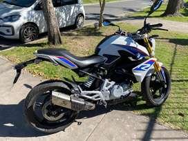 Moto BMW 310 R inmaculada con 11500km