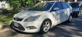 VENDO/ PERMUTO/ FINANCIO - Ford Focus Trend modelo 2012
