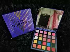 Paleta de Sombras Edición Limitada Norvina Pro Pigment Palette Vol 1 ANASTASIA BEVERLY HILLS