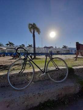 Bicicleta Vintage de carrera restaurada