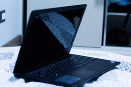 Laptop dell como nueva