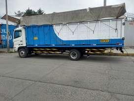 Se vende un camión Hino