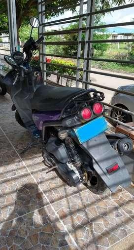 Moto Bwis en perfecto estado modelo 2013