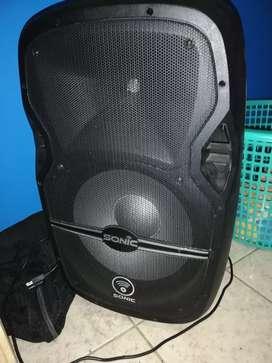 Se vende caja musical con conexión inalámbrica