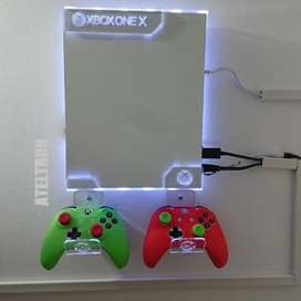 Bases soportes en acrílico  consolas video juegos PS4 slim PS 4 fat, PS 4 pro, PS 3 slim y superslim, Xbox,