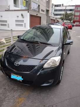 Vendo Toyota Yaris 2013 full equipo