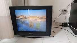 Se vende TV slim