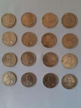 Vendo lote de 16 monedas de 1 peso de Colombia desde 1974 a 1979 estado