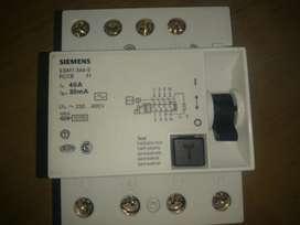 Diyuntor Diferencial Tetrapolar 4x40 Amp