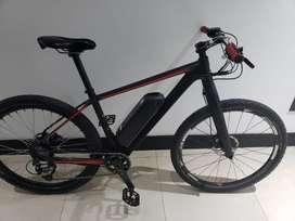 Bicicleta Electrica con cuadro de carbon