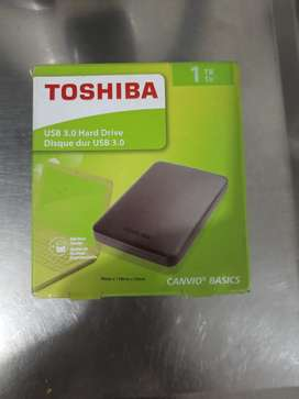 Disco duro toshiba de 1 gb