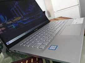 Asus VivoBook 14 Core i5 8Th Gen Core i5 - 8265U 1.8 GHz