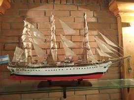 VENDO Maqueta Fragata Libertad Armada Escala 1/100