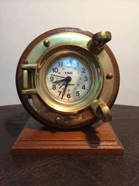 Reloj ojo de mar