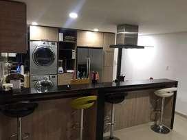 Espectacular penthhouse duplex pisos 28 y 29, se entrega semi amoblado, con lavadora, secadora, nevecon, bar, 3 jacuzzis