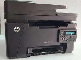 Impresora hp M127 laserjet pro multifuncional  poco uso