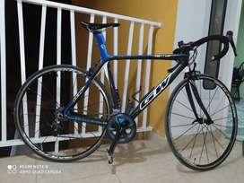 Vendo bicicleta (GW) VENTUS (FULL CARBONO)