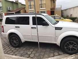 Se vende dogde nitro 4 por 4 y se recibe vehiculo como parte de pago como de agencia
