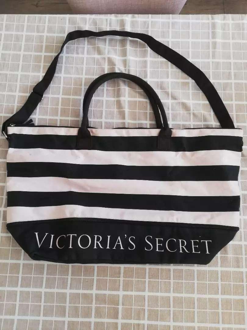 bolso Victoria secret nuevo 0