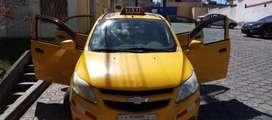 Vendo auto con puesto de Taxi en Quito
