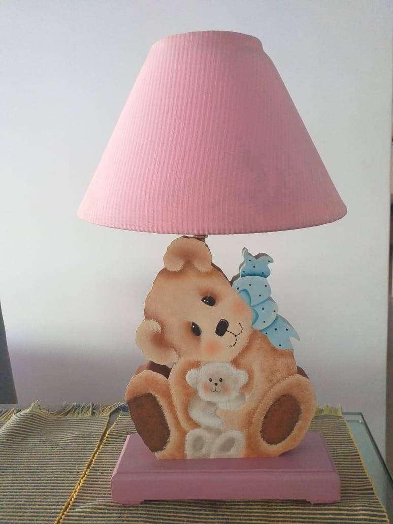 Vendo lampara en madera country