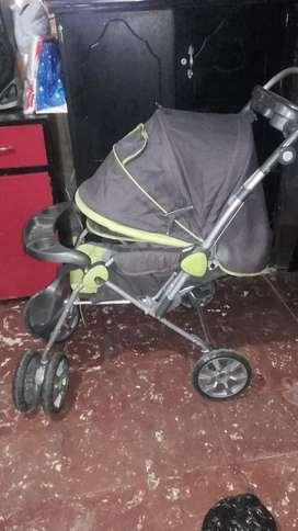 coche para bebé en buen estado