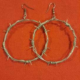 Aro falso alambre de púas