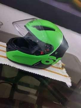 Vendo o cambio cascos Mt helmets verdes talla L y XL